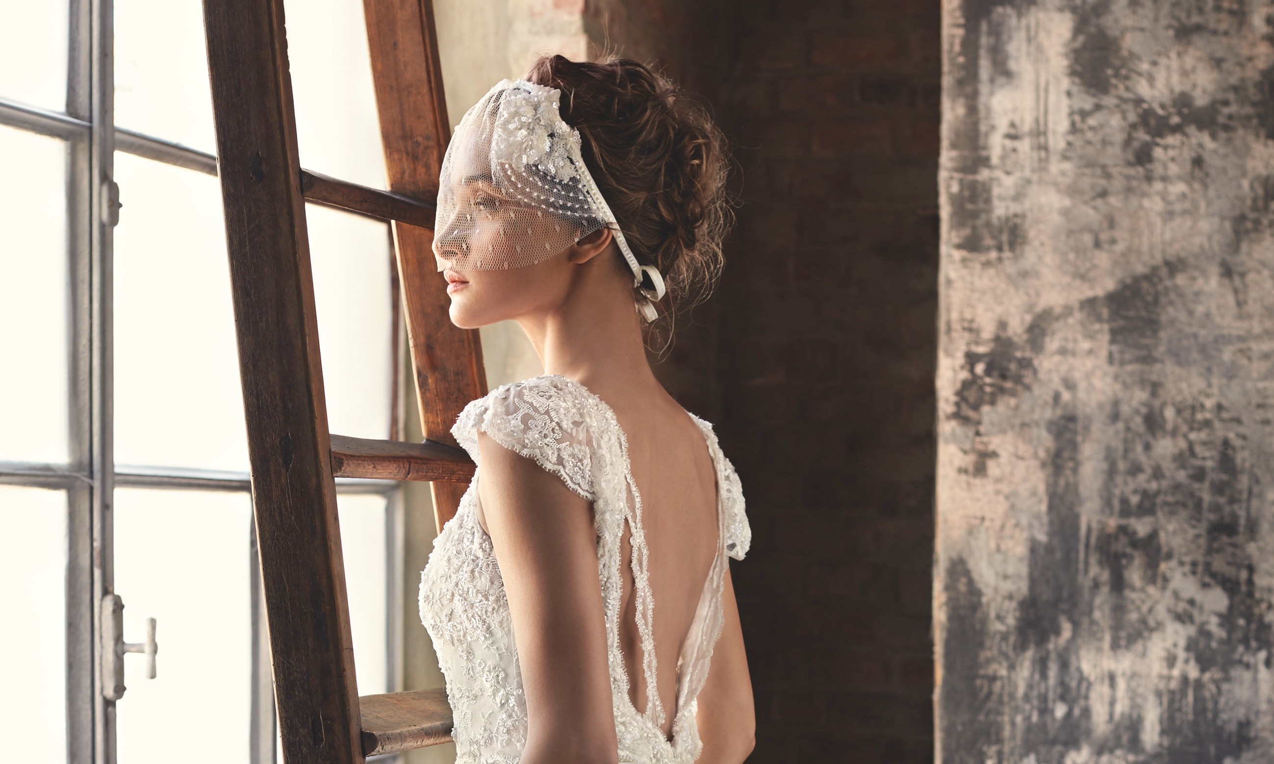 2016 Lusan Mandongus Bridal Collection – Inspired by the Milky Way