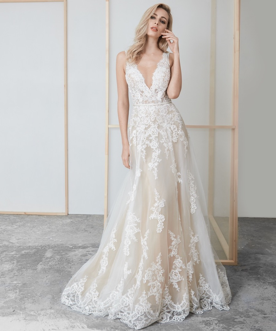 LM By Lusan Mandongus Bridal Collection